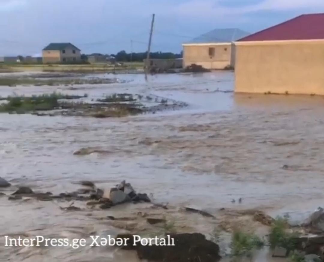 Slider-Marneulini sel basdı - sel ciddi fəsadlar törətdi - VİDEO/FOTO