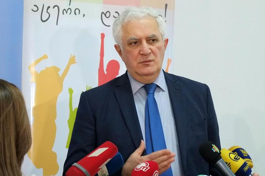 """Slider-Amiran Qamkrelidze: """"Bazarlarda nəzarət ciddi şəkildə sərtləşəcək və cərimələr də olacaq"""""""